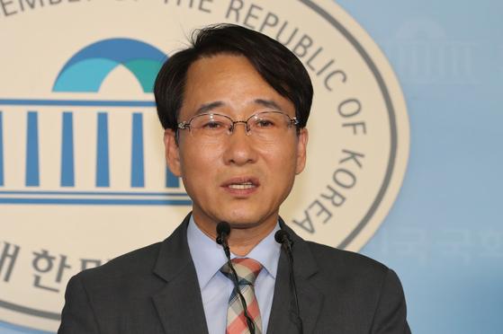 더불어민주당 원내수석부대표에 임명된 이원욱 의원. [연합뉴스]