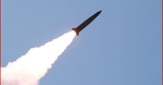 9일 북한이 평북 구성에서 쏜 단거리탄도미사일. [사진 조선중앙통신]