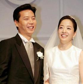 2006년 현대가 정대선과 노현정 전 아나운서와의 결혼식 기자회견. [연합뉴스]