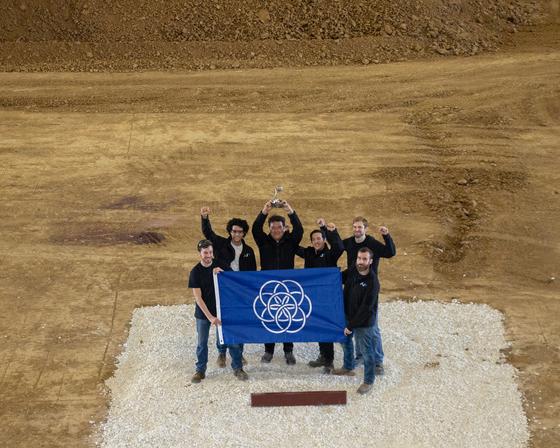 AI스페이스팩토리팀이 NASA가 주최한 경연대회에서 우승한 직후의 모습. [사진 AI스페이스팩토리]