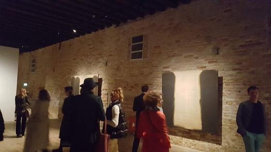 이탈리아 베니스 포르투니 미술관에서 개막한 윤형근 작가의 회고전. [사진 국립현대미술관]