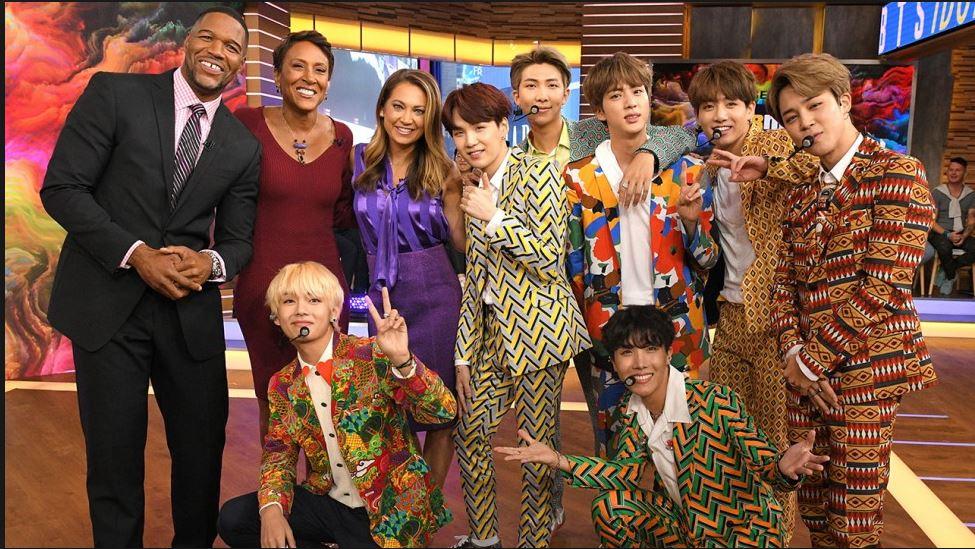 지난해 9월 '굿모닝 어메리카'에 출연한 BTS와 진행자들. [사진 ABC방송]