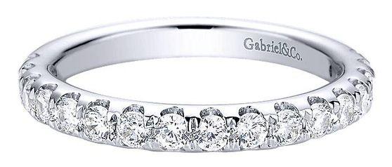 2006년 백화점 화장실에서 큰맘 먹고 산 멜리 다이아몬드 반지를 잃어버렸다. 이후 나에겐 이런 '반지 5계명'이 생겼다(내용과 관계 없는 이미지 사진). [사진 diamondanddesign(Public Domain)]
