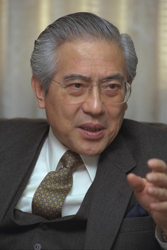 1997년 주한일본대사 부임 직후의 오구라 가즈오 전 대사 [중앙포토]