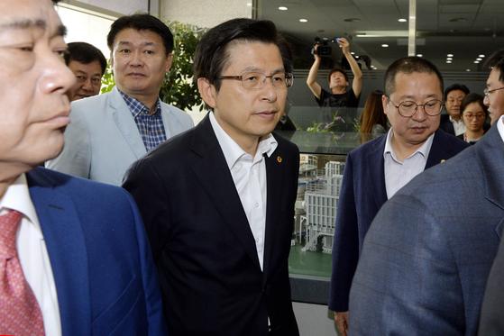 황교안 자유한국당 대표가 15일 대전 국가핵융합연구소를 방문하고 있다. 프리랜서 김성태