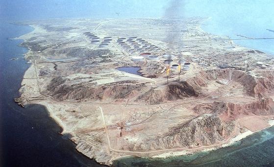 이란 원유 생산 및 수출 기지인 하르그 섬. [중앙포토]