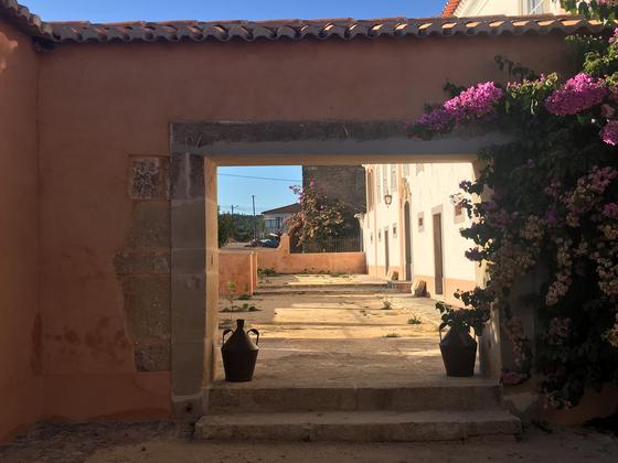 포르투갈 레이이라주 코르샤의 알베르게 숙소. 코임브라로 향한 길에서 순례자의 새로운 쉼터 마을의 숙소이다. [사진 박재희]