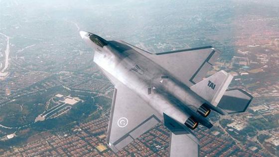 터키가 2023년까지 개발하겠다고 밝힌 TF-X. 터키는 한국과 공동 개발 프로젝트인 KFX에서 탈퇴한 뒤 국산 전투기를 스스로 만들겠다고 선언했다. 미국의 스텔스 전투기인 F-22 랩터를 작게 만든 모양이다. 하지만 엔진을 납품할 영국의 롤스로이스와 분쟁을 겪으면서 난항을 겪고 있다. [사진 TAI]