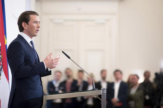 돈 대주면 사업권 극우정당 대표 영상에 오스트리아 연정 붕괴
