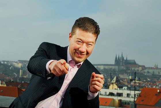 체코 극우정당 '자유와 직접민주주의(SPD)' 대표인 토미오 오카무라. [사진 페이스북 캡처]