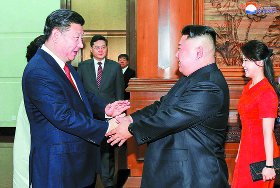 시진핑, 김정은 3차 방중 직후 쌀 공짜로 줬다
