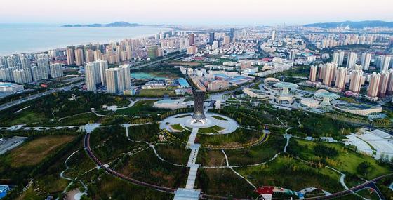 중국 옌타이시에 위치한 한중산업단지 전경. 옌타이시는 2025년까지 한중산업단지에 20억 달러를 투자할 예정이다. [사진 옌타이시]