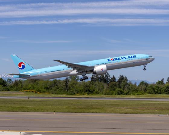 보잉 777-300ER 항공기. [대한항공 제공=연합뉴스]