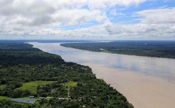 아마존 강의 항공사진. [로이터=연합뉴스]