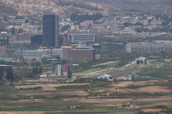 경기도 파주시 서부전선 비무장지대(DMZ) 도라전망대에서 바라본 개성공단 [연합뉴스]