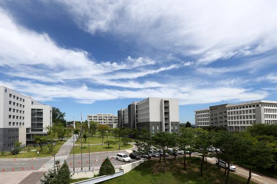명지대 캠퍼스 전경 [중앙포토]