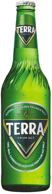 '청정라거-테라'는 호주 골든트라이앵글의 맥아만을 사용하고 발효 공정에서 자연적으로 발생하는 리얼탄산만을 담아 차별화했다. 출시 50일 만에 약 3900만 병이 판매됐다. [사진 하이트진로]
