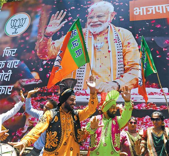 인도 모디 총리 재집권 확정