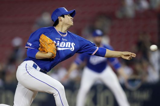 리그에 흔치 않은 왼손 사이드암으로 공을 던지는 임현준. 삼성 제공