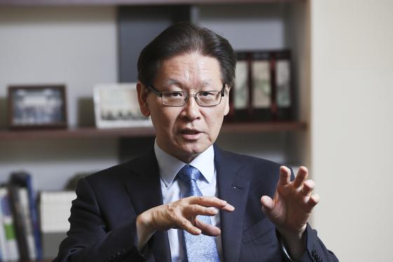 """김봉현 원장은 '아시아 회복탄력적 평화가 핵심""""이라고 강조했다. [김경록 기자]"""