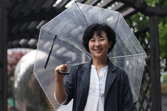 이수인 에누마 대표가 27일 오후 서울 서대문 순화공원에서 중앙일보와 인터뷰하고 있다. 최승식 기자