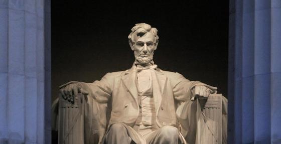 링컨 대톨령은 남북전쟁으로 상처 입은 미국을 향해 화해와 용서의 메시지를 던졌다. [중앙포토]
