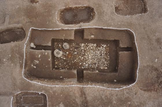 창원시 현동 일대에서 아라가야 시대의 최대규모의 무덤이 발견됐다.839호 고분 [사진 삼한문화재연구원]