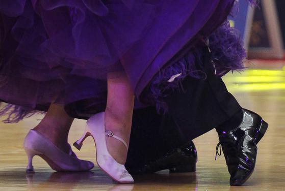 댄스스포츠도 스포츠 범주이기 때문에 운동 효과에 관해 묻는 사람이 많다. 어떤 종목을 얼마만큼 했느냐에 따라 운동 효과는 다르다. 프리랜서 공정식