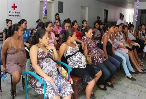 '세계 최악의 10대 임신율' 온두라스 여성들 들고 일어났다