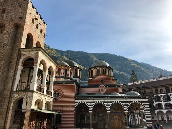 불가리아 남서부 릴라 산맥에 위치한 릴라 수도원. [사진 pexels]