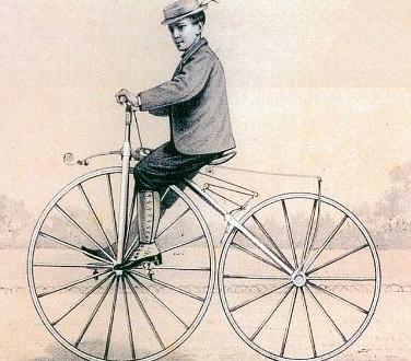 앞바퀴에 달린 페달을 밟아 달리는 '미쇼' 자전거. [중앙포토]
