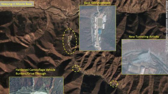 사진은 북중 접경지역인 양강도 영저동에서 11km 떨어진 회정리 미사일기지 위성사진. CNN은 지난 5일 미들버리 국제연구소로부터 입수한 위성 사진을 근거로 북한이 영저동에 새로운 시설 공사를 하고 있으며 이는 기존에 보고된 핵탄두 미사일 기지와 흡사한 구조라고 밝혔다.[CNN 캡처]