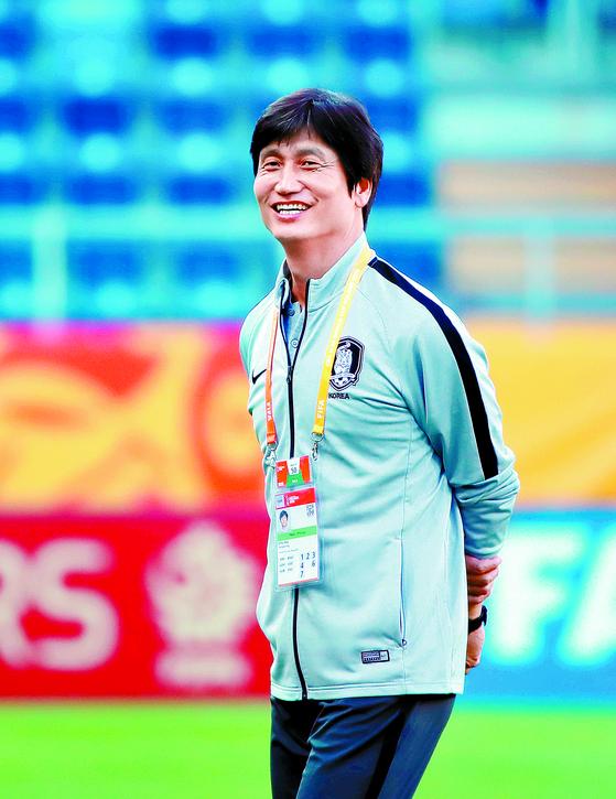 정정용 감독은 국가대표 경력도 없는 비주류지만, 지도자로서 반전에 성공했다. [연합뉴스]