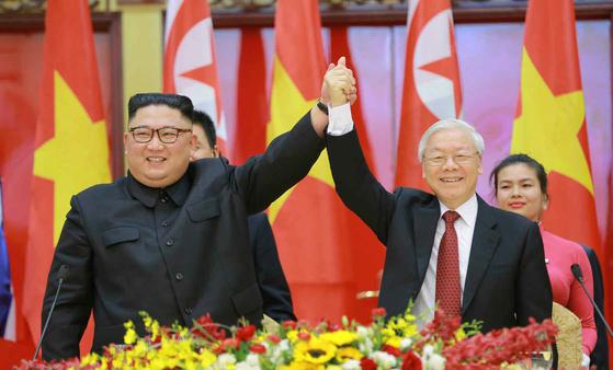 '하노이 우정' 베트남, 북한에 식량 지원