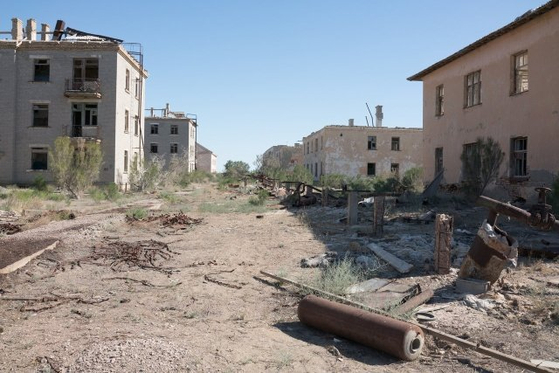카자흐스탄 아랄해 주변의 아라스크-7 마을. 1971년 이 곳의 소련군 비밀 생물학 무기 연구소에서 천연두균이 퍼져 나갔다. 이 사고로 많은 사람들이 천연두를 앓았다. [Sovietologo 트위터 계정]