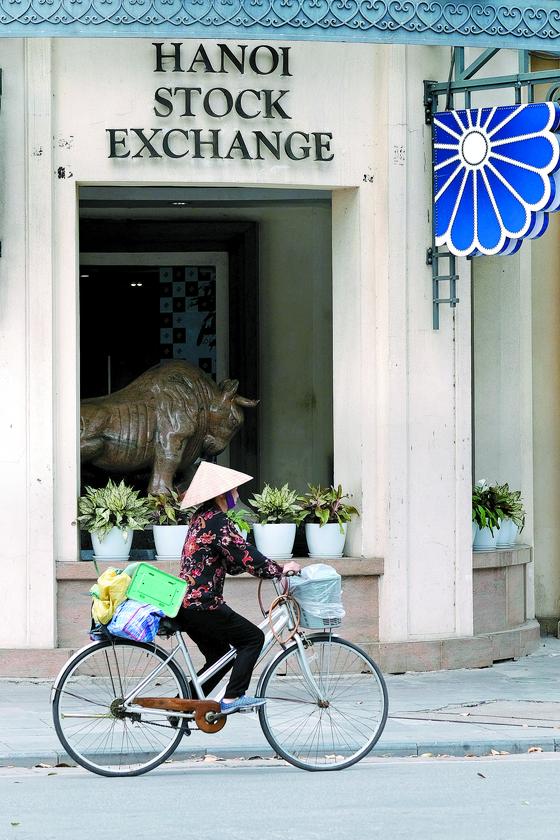 아시아 신흥국 시장 가운데 성장 잠재력이 큰 것으로 평가되는 베트남 하노이 증권거래소의 모습. [EPA=연합뉴스]