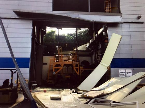 지난해 5월 29일 로켓 등 유도무기를 제조하는 한화 대전공장에서 로켓 추진체에 고체 연료를 주입하던 중 폭발사고가 나 근로자 5명이 숨졌다. [연합뉴스]