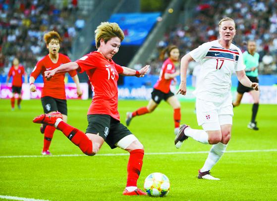 노르웨이전에서 골을 터뜨린 여민지. 이번 대회 한국의 유일한 골이었다. [AP=연합뉴스]