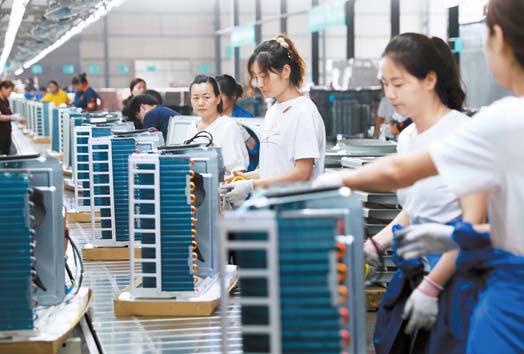 지난달 중국의 에어컨 조립 공장. [로이터=연합뉴스]