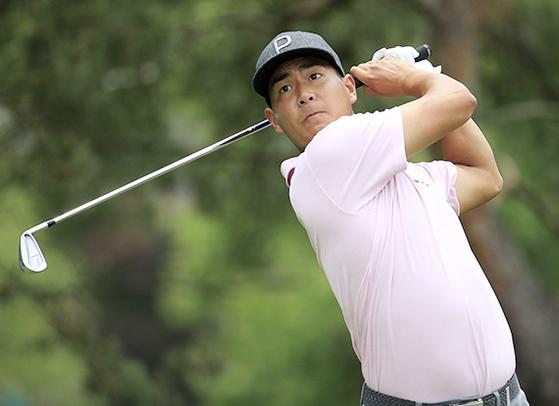 미국 남가주대 재학 시절 아마추어 랭킹 1위를 지낸 재미동포 저스틴 서. 이번 주 PGA투어 트래블러스 챔피언십에 출전하는 그는 퍼트 실력이 뛰어난 편이다. [AFP=연합뉴스]