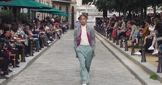 ic: Song Min-ho a SS20 Louis Vuitton show in Paris