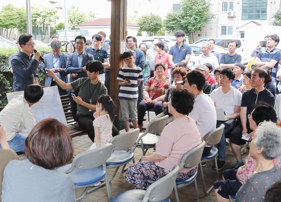 서울 문래동 '붉은 수돗물' 식수 사용 계속 제한