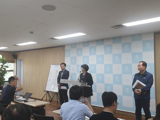 """""""먹는 물 수질 기준 이내""""…환경부, 인천 붉은 수돗물 수질 검사 결과"""