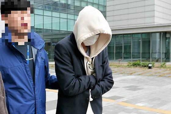 """집 방문한 여성 30명 몰카찍은 30대 남성 """"은둔형외톨이…처벌보다 치료"""""""