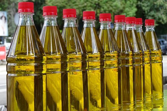 우리나라 참기름 소비량은 세계 최고 수준이다. 외국에서는 참기름에서 지독한 냄새가 난다며 기피하기도 한다. [사진 pixabay]