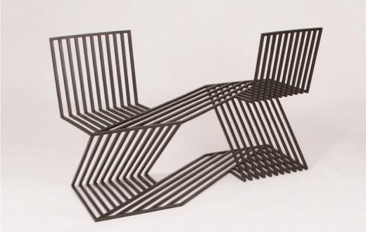'일상의 자세, 의자, 그리고 사람' 전에 참여한 김충재 작가의 '무심한듯 다정한 연인을 위하여 2'.