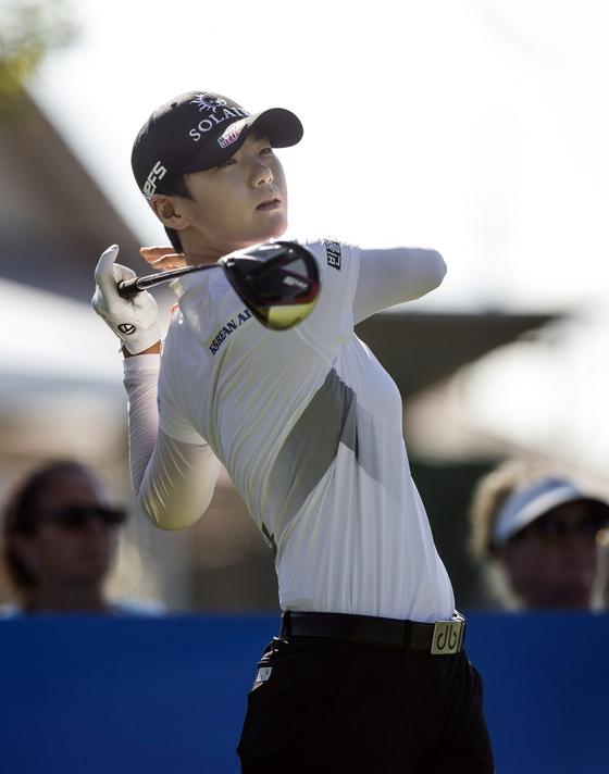 박성현이 30일 열린 LPGA 투어 월마크 NW 아칸소 챔피언십 2라운드 16번 홀에서 티샷을 시도하고 있다. [AP=연합뉴스]