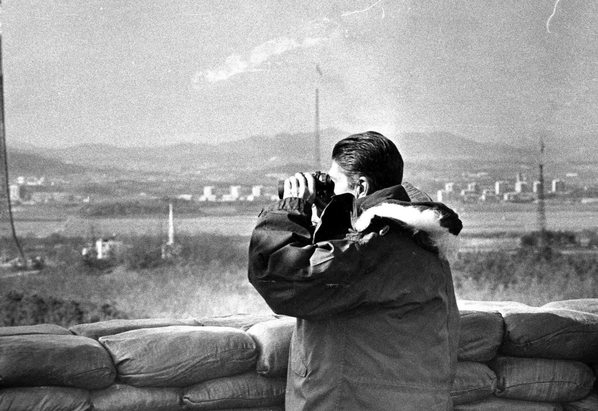 1983년 11월 14일 DMZ 초소를 방문했던 로널드 레이건 전 미 대통령.[연합뉴스]