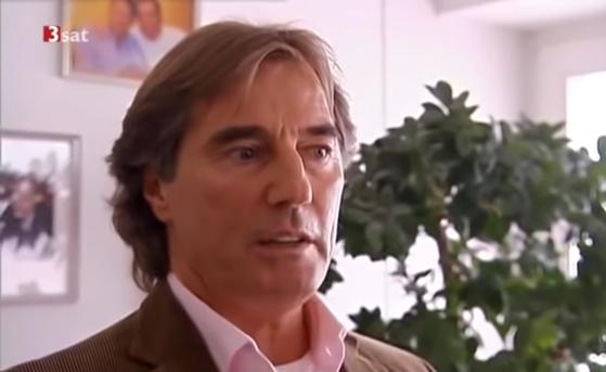 유럽 최대 성매매 업소 중 하나인 '파라다이스 스투트가르트'의 오너 위르겐 루들로프의 TV 인터뷰 장면. [사진 유튜브]