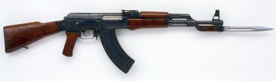 AK-47. [사진 위키피디아]